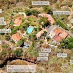 Luftbild mit Gebäuden der Finca